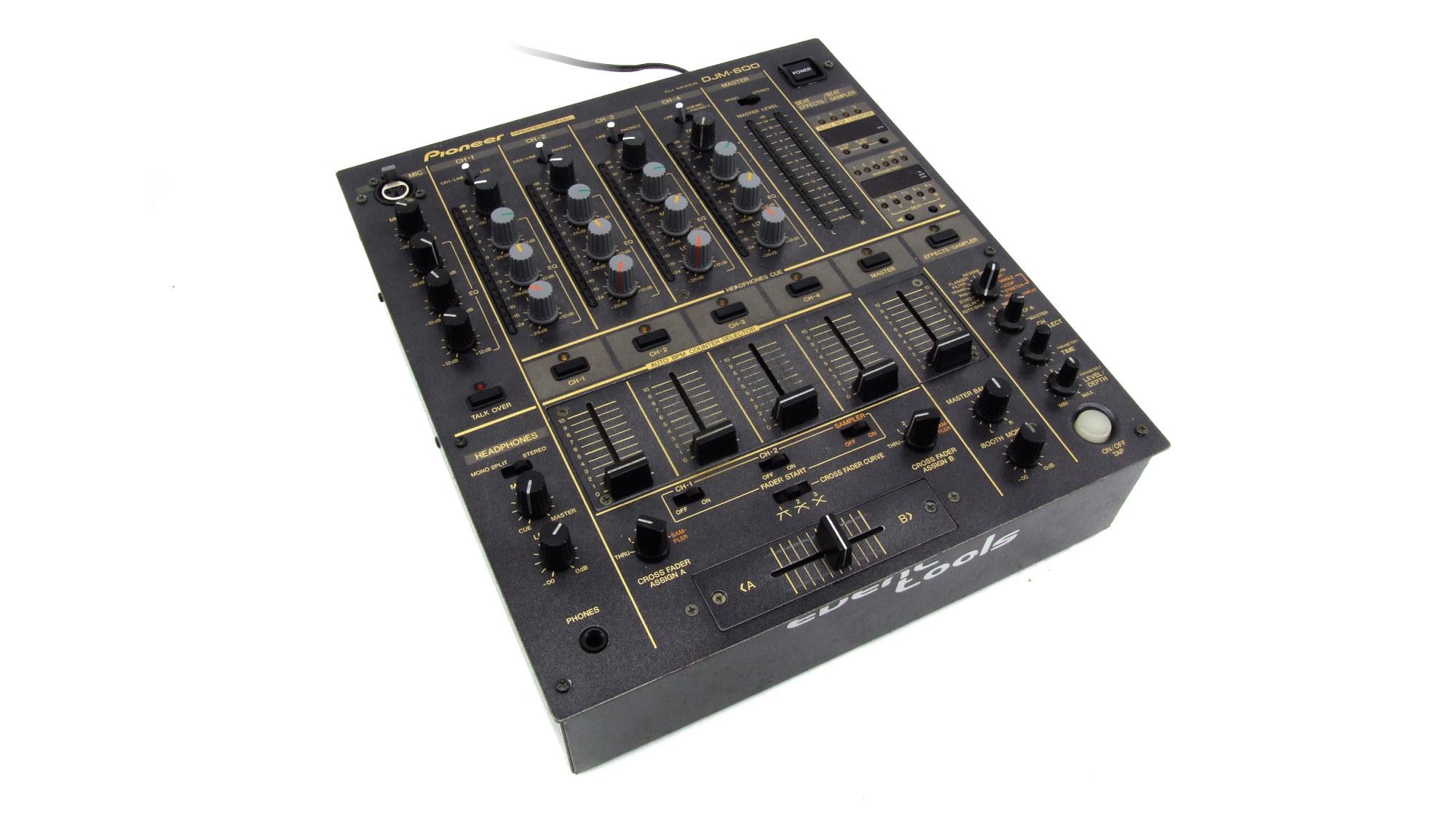Mischpult DJM-600 leihen